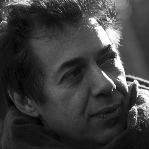 Dai funambolismi di Agenzia Pertica alle parole per Mina: i mille volti di Luca Ragagnin