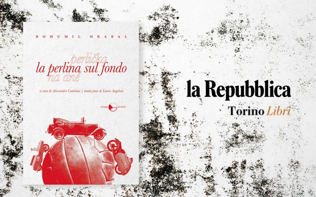 LA PERLINA SUL FONDO. L'ANIMA DEGLI UOMINI COMUNI – recensione di Luigi Colucci su La Repubblica